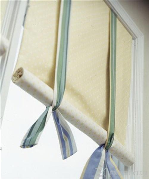 Фиксация рулонной шторы