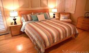 Настольные лампы в спальню: виды и особенности