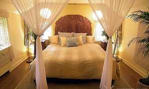 Как правильно расположить кровать в спальне — расставляем все точки