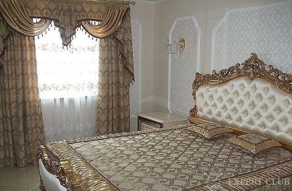 комплект для спальни шторы и покрывало