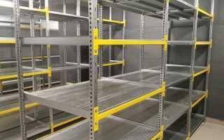 Преимущества металлических складских стеллажей